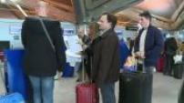 Plan de restructuration d'Air France : illustrations Hop ! à Lyon et violente manifestation à Roissy