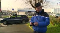 Illustrations de l'utilisation de smartphones et tablettes par la gendarmerie