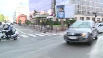 Assaut de Saint-Denis : arrivées voitures à la SDAT (transport suspect) et illustrations extérieur DGSI (nuit)