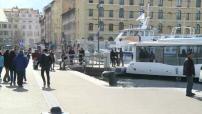 Illustrations navettes maritimes au Vieux Port de Marseille, archipel du Frioul, projet de sous marin de tourisme