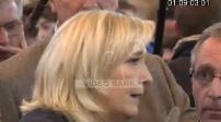 Illustrations de Marine Le Pen et de Marion Maréchal Le Pen au Salon de L'Agriculture