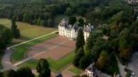 Vue aérienne château de Chevernyet montgolfiere