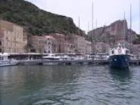 Corse : pourquoi les stars en sont-elles folles ?