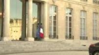 Paris attacks: meeting between Nicolas Sarkozy and Francois Hollande at the Elysee Palace (2/2)