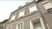 Garde à vue des époux Lavier pour maltraitance : illustr. Franck Lavier escorté à son domicile par la police