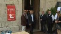 Le jury du Festival de Cannes déguste le traditionnel aïoli provençal offert par la mairie de Cannes