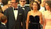 """Festival de Cannes 2014 : montée des marches pour le film """"The Search"""" + Interview Kylie Minogue, Berenice Bejo, Michel Hazanavicius"""