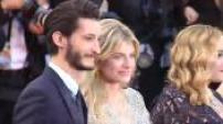 """68ème Festival de Cannes 2015 : montée des marches des voix françaises et américaines de """"Vice versa"""""""