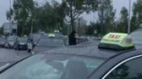 Blocus aéroport de Toulouse Blagnac par chauffeurs de taxis opposés aux VTC