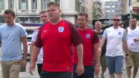 Euro 2016 : les supporters anglais sont présents en nombre sur le Vieux Port avant Angleterre - Russie