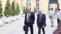 Loi travail : Manuel Valls et Myriam El Khomri reçoivent le patronat à Matignon