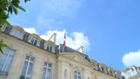 Attentat à Nice : mise en berne des drapeaux de l'Elysée