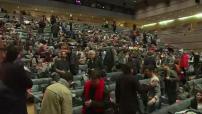 Primaire de Gauche 2017: Intervention de Benoît Hamon à Montpellier et Manuel Valls à Arianespace