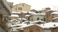 Illustrations du village de Penne après l'avalanche meurtrière