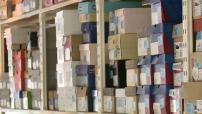 Illustrations d'un entrepôt du site de vente de chaussures en ligne Spartoo