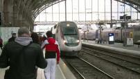 Primaires de la Gauche: Arrivée de Benoît Hamon en gare de Lille