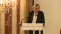 Présidentielle 2017 / Campagne électorale : discours de Marine Le Pen sur le thème de l'économie à Paris (2/2)