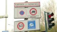 Illustrations panneau d'entrée d'agglomération de Garges les Gonesse et lieu contrôle de police Ziyed Ben Belgacem