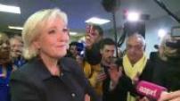 Débat Macron/Le Pen : la soirée des supporters FN devant le débat 2
