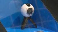illustrations de caméra 360° dans un magasin Fnac