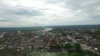 Vue aérienne par drone de Villavicencio en Colombie