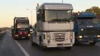 Forains : Opération escargot sur l'autoroute A13 1/2