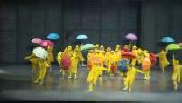 "Répaétition of the musical ""Singin'in the rain"" at the Grand Palais"