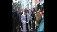 Marine Le Pen en campagne pour le référendum Constitution Européenne en Seine-Saint-Denis