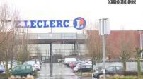 Store Front E.Leclerc in rain