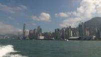 Travelling sur un yacht dans la baie de Hong Kong et la mer de Chine