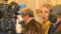 """Political reactions to abandon """"Airport Notre Dame des Landes"""" 1/2"""