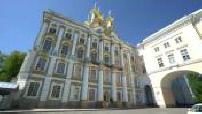 Cartes postales de Saint-Petersbourg : scènes de rue / palais Peterhoff / palais d'hiver