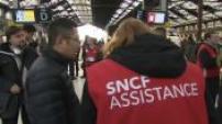 Grève SNCF : illustrations des perturbations dans les gares françaises