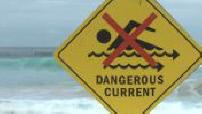 Illustrations d'une plage de la baie de Sydney avec mer agitée