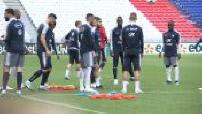 Football / Match amical France - USA : arrivée à l'hotel et entraînement des Bleus à Décines-Charpieu