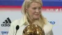 football féminin : illustration, interview et conférence de presse d'Ada Hegerberg, 1er ballon d'or fémlinin de l'histoire