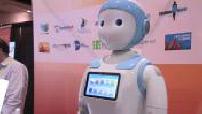 Illustrations du CES, voitures, robots, montres,réalité virtuelle