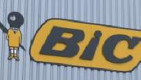 Les salariés se battent contre la fermeture de l'usine Bic de Vannes