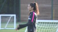football féminin : caméra isolée sur Nadia Nadim pendant entraînement avec le PSG