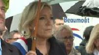 Marine Le Pen aux commémorations du 8 mai à Hénin-Beaumont