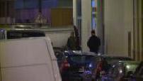 Attentat de Charlie Hebdo : image de nuit du périmètre de sécurité