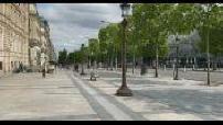 Place de l'étoile and deserted metro station
