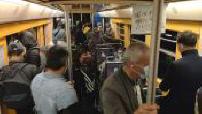 Coronavirus / Déconfinement : voyageurs empruntant les transports en IDF, mesures sanitaires dans les transports