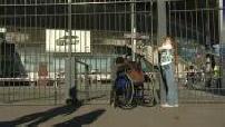 Des jeunes malentendants invités au concert de Johnny Hallyday au Stade de France