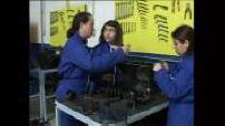 Formation professionnelle : femmes mécaniciennes