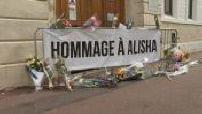 Meurtre d'Alisha : fleurs devant le lycée Cogncq-Jay d'Argenteuil