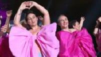 2/2: Pink October 2021 at the Champ de Mars