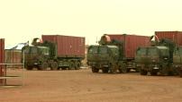 Opération Barkhane au Mali : base militaire française à Gao, préparation d'un convoi pour Tessalit