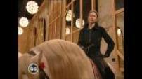 ZONE INTERDITE : Ngaro dancers horses