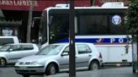 Noël : Renfort des mesures de sécurité : illustr. commissariat de police mobile dans le 9e arrondissement de Paris